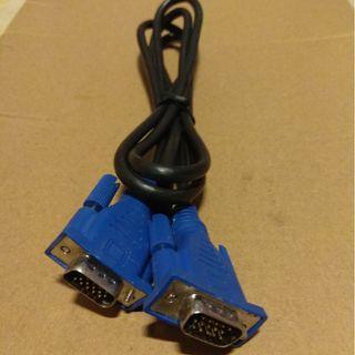 VGA 舊Cable 約1.5m 長,不可能是全場最平