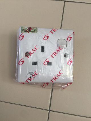 🚚 3 pin socket casing
