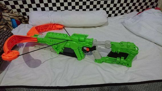 Nerf Crossbow $30 With 2 small Nerf Zombie Strikes