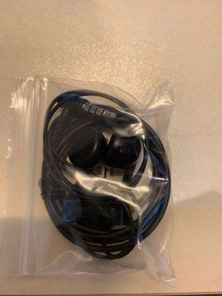 全新 LG 跟機 earphone