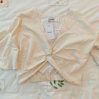 BNWT the Editors market latte cream white striped easel knitted wrap crop TOP authentic tem