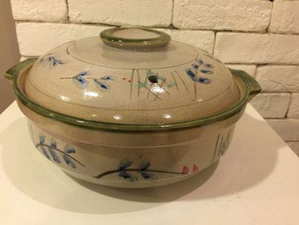 "Large Ceramic Claypot diameter 11.5"" approx; height 4"""
