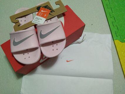 89148cff3 Nike kawa pink slide