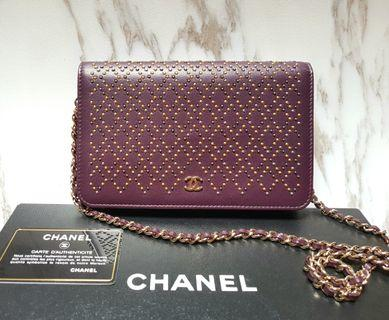 [100% AUTH] CHANEL Burgundy red Wallet on Chain WOC