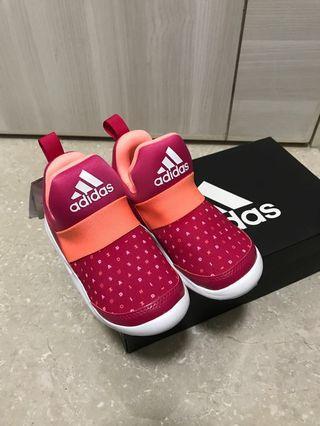 Adidas kids shoes uk10,size28 brand new