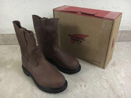 Red Wing 8242 Safety Boots