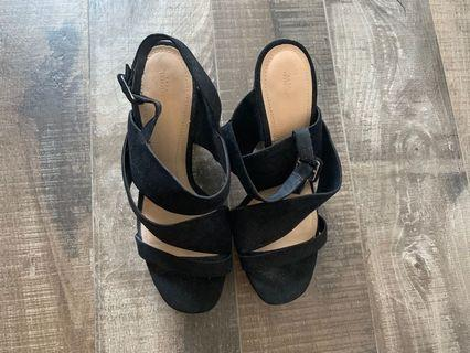 Pre-loved never use Zara heels