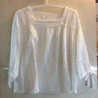 Japanese white summer top middle sleeve