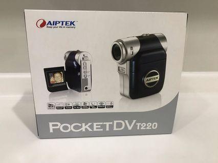 Pocket Camcorder. Aiptek PocketDV T220