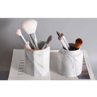 🚚 預購 北歐風 大理石陶瓷化妝品/刷具/雜物 收納桶 筆筒 白色/粉色