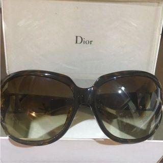 🚚 🔥Authentic Christian Dior Sunglass