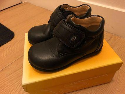 Dr Kong black leather shoes size 23 黒皮鞋
