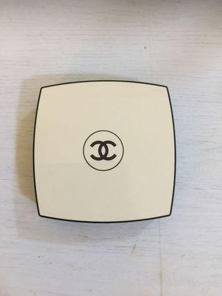 Chanel Les Beiges Glow Power (Shade N10)