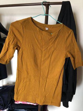 Uniqlo五分袖棉上衣,可穿至小M