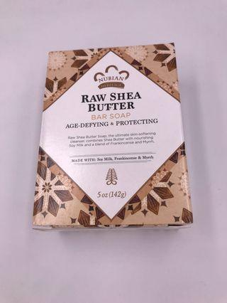 美國直送 Nubian Heritage Raw Shea Butter Bar Soap 乳木果油肥皂(5 oz , 142g)