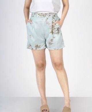 NEW Floral Short Pants