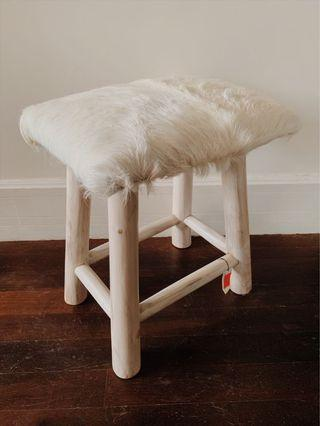 🚚 Bleached Arctic Stool w fur seat