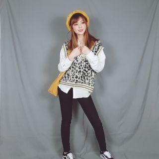 🚚 🐱Fussy Cat🐱韓版豹紋針織毛衣背心 C190816