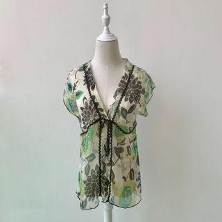 (New)  silk see-through flower print tops 👚🌸