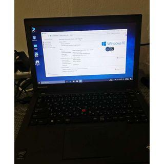 Lenovo Thinkpad laptop X240 /I5 4300 /4gb ram/500gb hdd