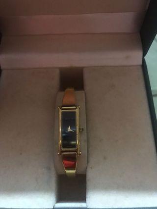 fc33180fd0c 💯ORIGINAL Preloved Gucci Watch
