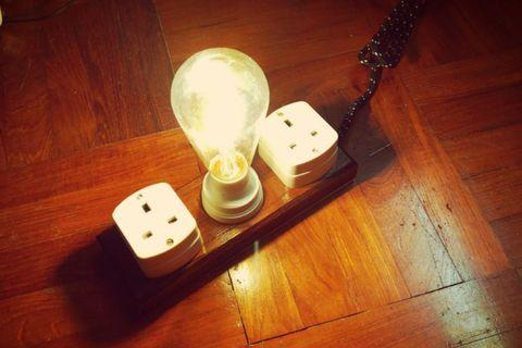 Vintage extension socket and lamp