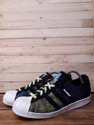 Adidas superstar x Xlarge