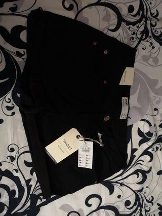🚚 Cotton on black shorts