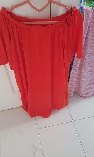 🚚 Off Shoulder Top coral h&m dress