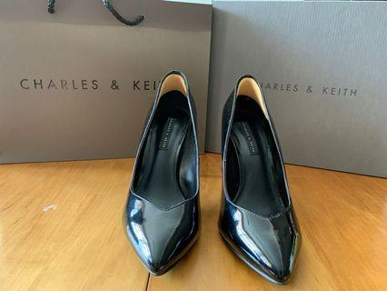 Charles and Keith Classic pointed blacks heels (3.5inch)
