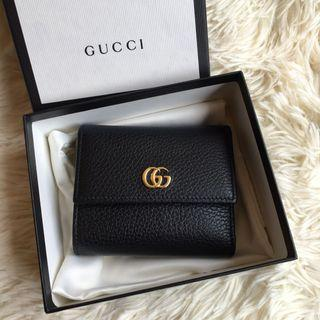 Gucci GG Marmont leather wallet  黑色全皮革金色雙G短夾
