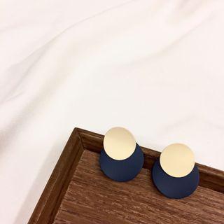 🚚 歐美復古風格藍色霧面金屬圓片耳環