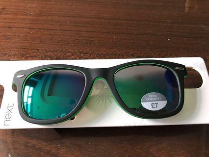🚚 #EndGameYourAccess Black and Green sunglasses 7 to 10 yo