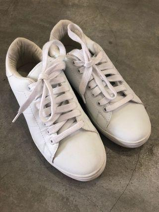 White Sneakers Ladies Shoes