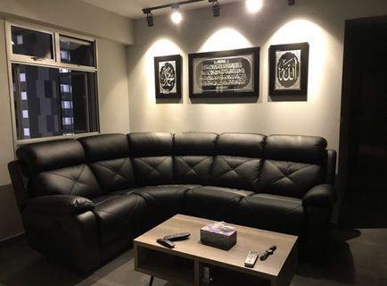 🚚 Curve Sofa