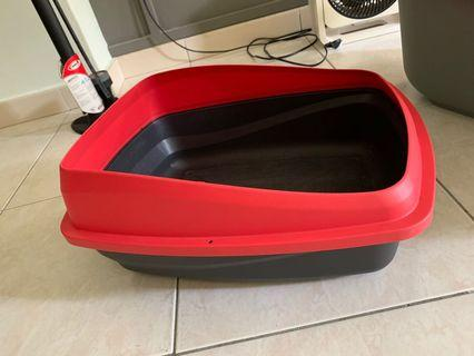 Small litter box for cats/ kittens / small animals