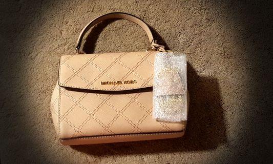 🚚 AUTHENTIC MICHAEL KORS AVA crossbody bag