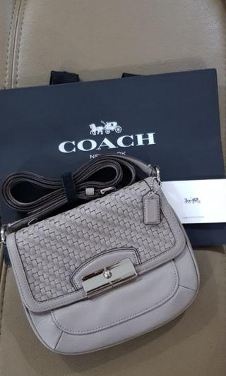 🚚 SALE! SALE! AUTHENTIC COACH leather small crossbody
