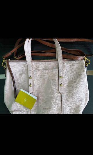 🚚 Fossil women bags
