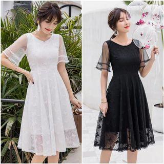 DXFOGF9182L05978 Bell Sleeve Lace Dress