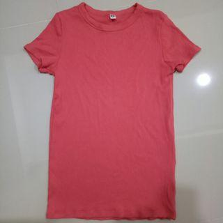 Uniqlo ribbed Tee