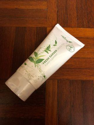 Always 21 Fresh Garden Green Tea Foam Cleanser