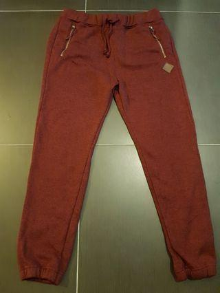 HOLLISTER JOGGERS DARK RED SIZE SMALL (S)