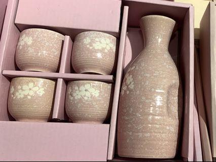 🚚 Gorgeous Sake Set or Tea Set Cherry Blossom 🌸