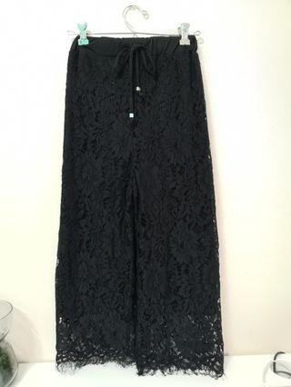 🚚 Black Lace Culottes with Black Lining