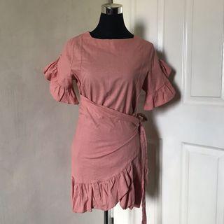 SOLEO MANILA Wrap Dress / Pink