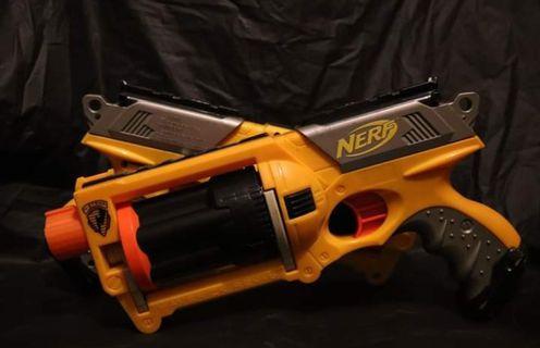 Nerf Maverick REV-6