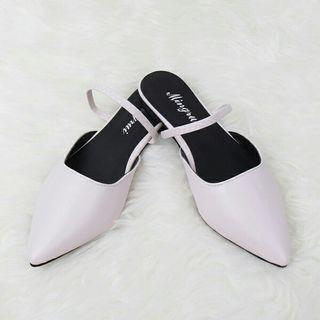 Flat shoes wanita kepala runcing