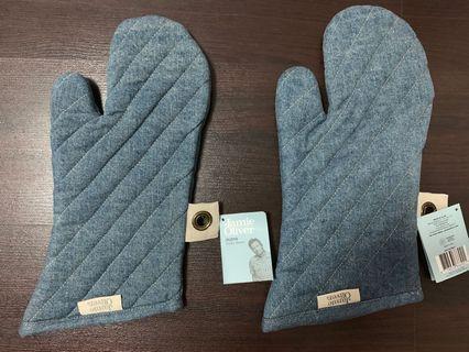 Jamie Oliver Denim Oven Gloves, Blue