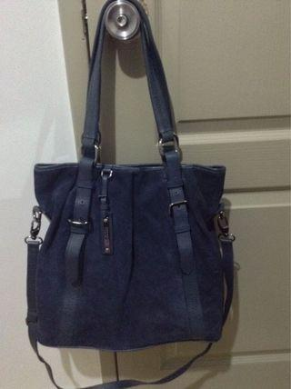 AUTHENTIC BURBERRY 2 WAY BAG